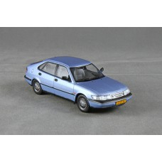 Saab 900 SE V6 Saloon 1996 - sky blue metallic
